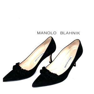 Manolo Blahnik Designer Shoes in Black Suede